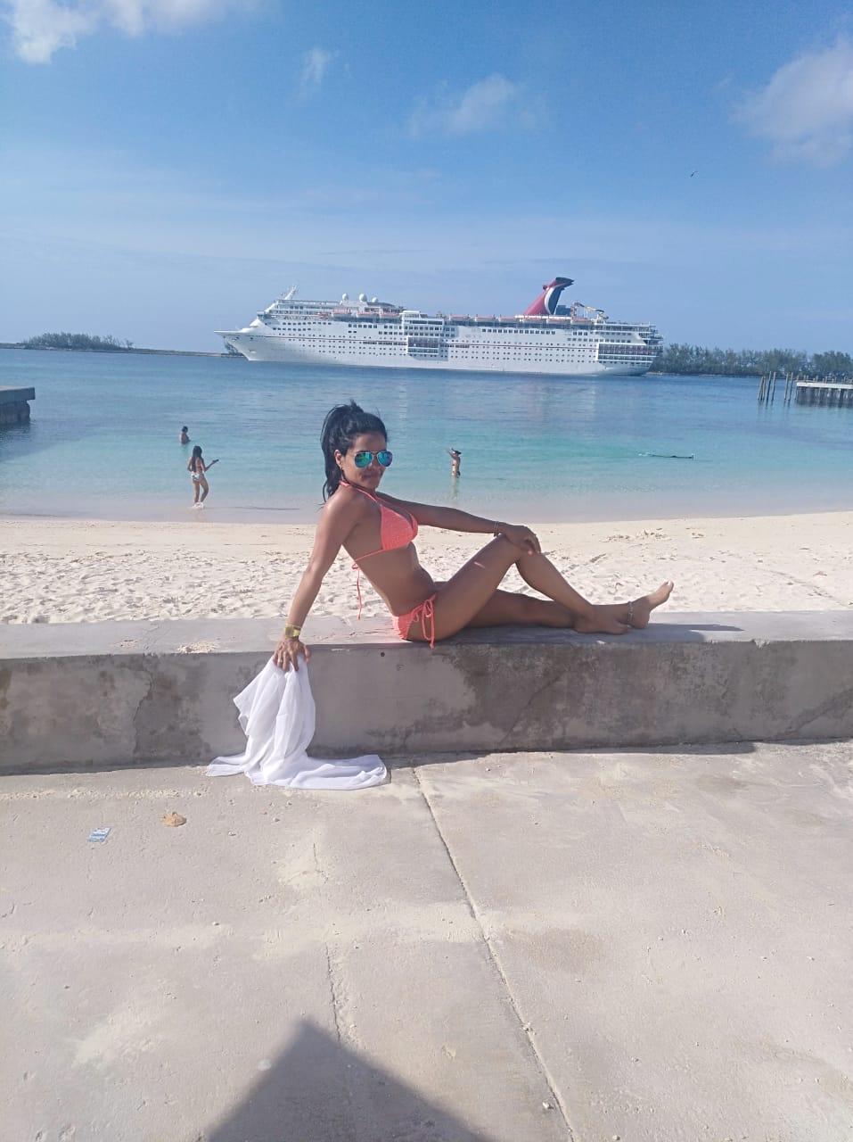 nassau escort service bahamas